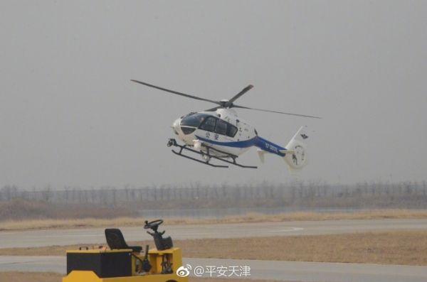 天津用警用直升机对重要输油管线进行定向巡航