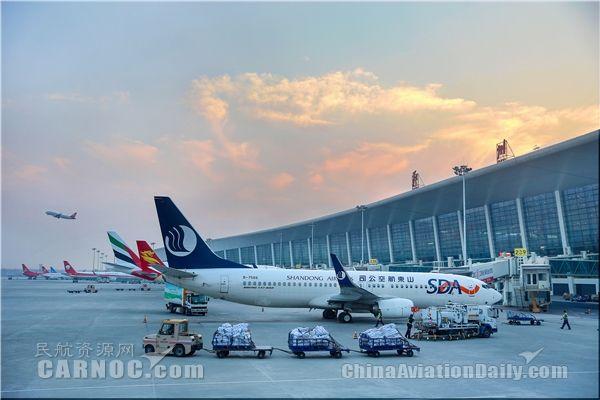 """郑州机场首次进入全国""""6大准点""""机场"""