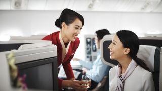 """国泰航空要有大动作!将增加""""机上购餐""""服务"""
