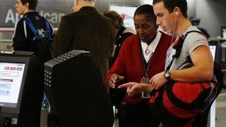 """美航即将在迈阿密机场实施""""无现金交易""""模式"""