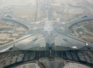 1月18日拍摄的北京新机场航站楼屋顶。图/新华社