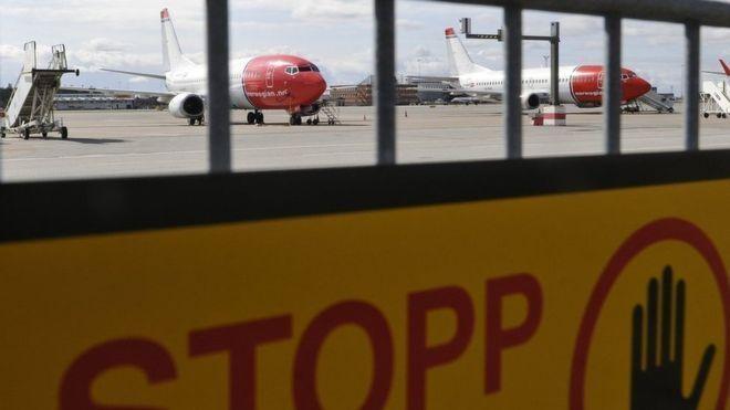 尴尬了!飞机载85名修理工马桶出问题仍返航