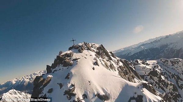 视频 | 无人机高速航拍雪山 高清画面令人眩晕