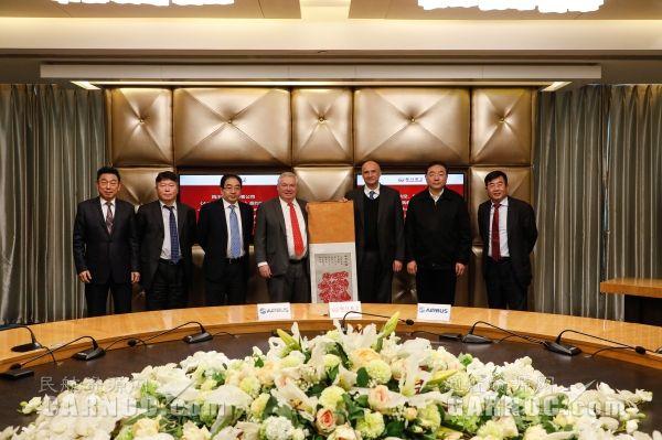四川航空与空客签订10架A350-900购买协议
