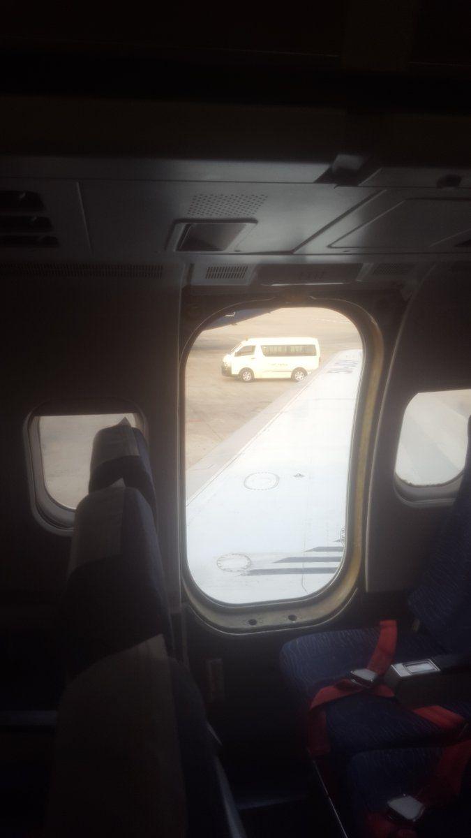 德纳航空客机舱门脱落 乘客表示怪我咯
