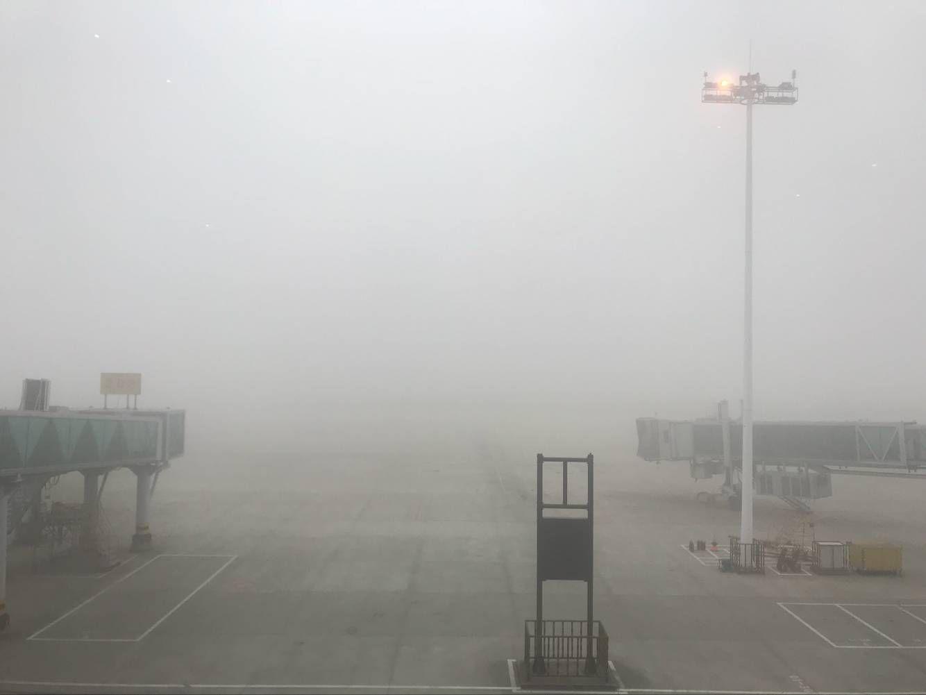 受大雾天气影响 南昌机场大面积延误