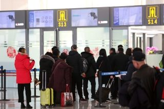银川河东国际机场迎来节后客流高峰