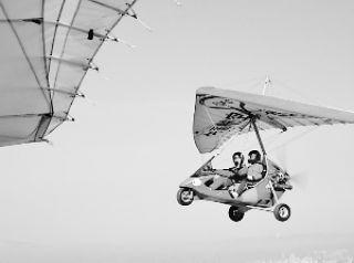 想上天吗?动力三角翼带你冲上云霄
