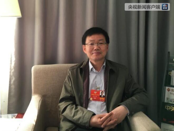 全国政协委员吴仁彪:建议专设空中交警队伍