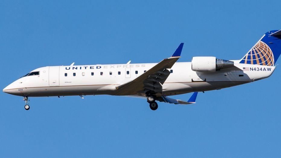 空中惊魂!飞机强风中降落致几乎全机乘客呕吐