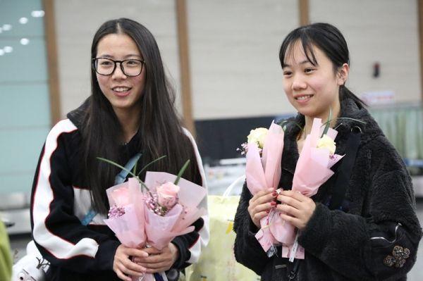 """""""您的行李有惊喜"""" 东航江西开展女神节特色活动"""