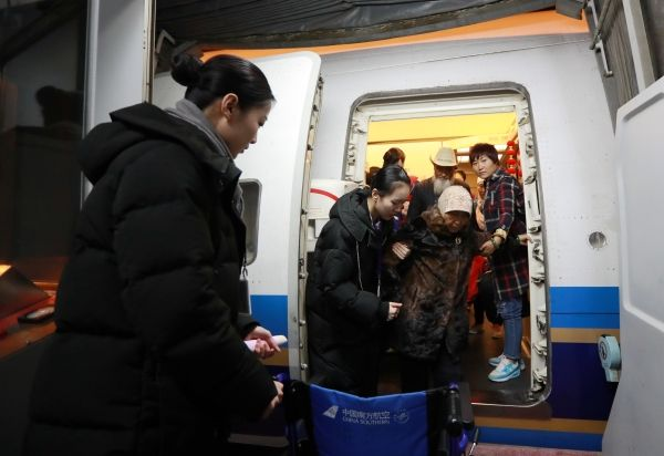 春运南航在疆执行航班6710班次 承运旅客破百万