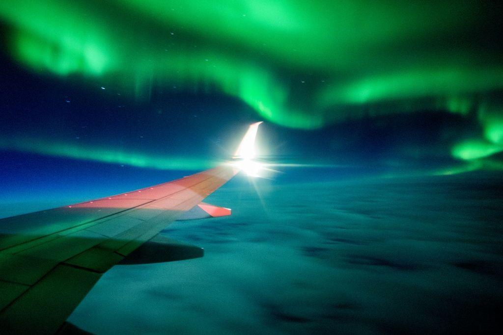 飞行员:超远程极地航线很便捷 但辐射很伤人