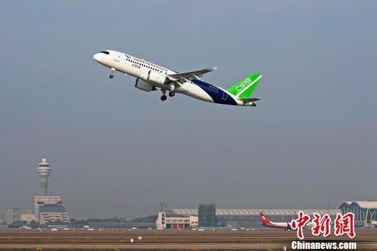 C919第二架机迎来2018年新春第一次飞行