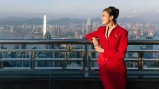 不容易!国泰航空终于废除空姐只能穿裙子政策