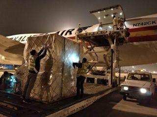 武汉天河机场顺利保障首批长江存储精密仪器到汉