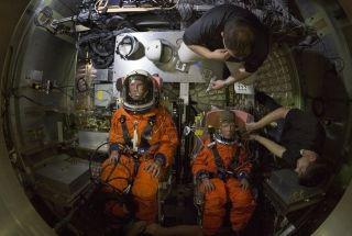 NASA分享假人碰撞测试视频 改进航空航天器安全性