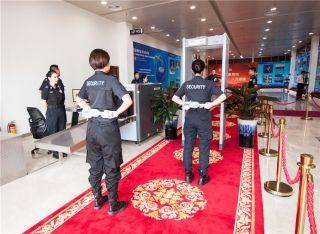 博鳌机场安检人员做好准备为出席论坛嘉宾服务