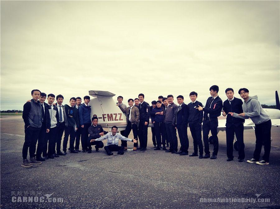 北部湾航空第一届飞行学员单发毕业侧记
