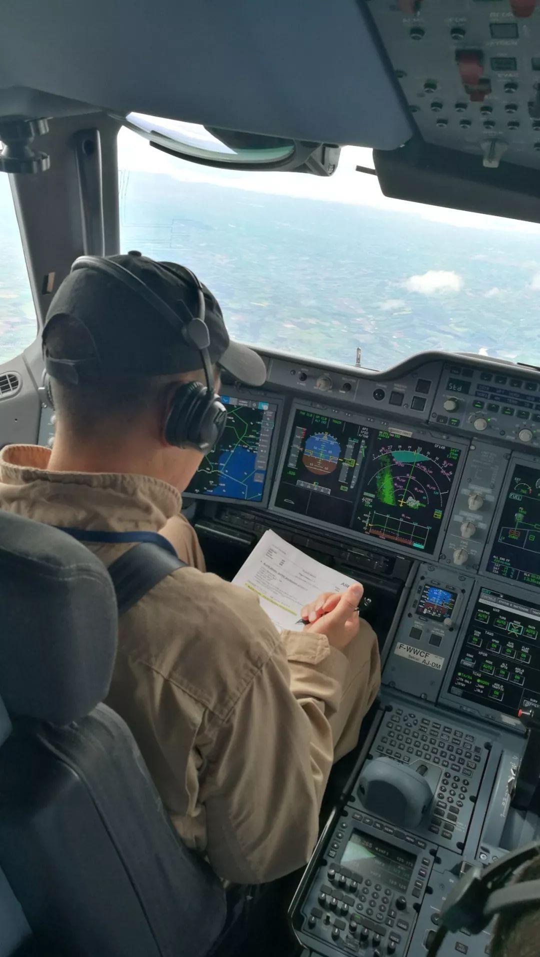 上海审定中心完成空客A350认可审定试飞