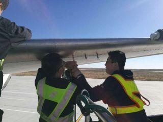 南航新疆机务:24小时飞机抢修记