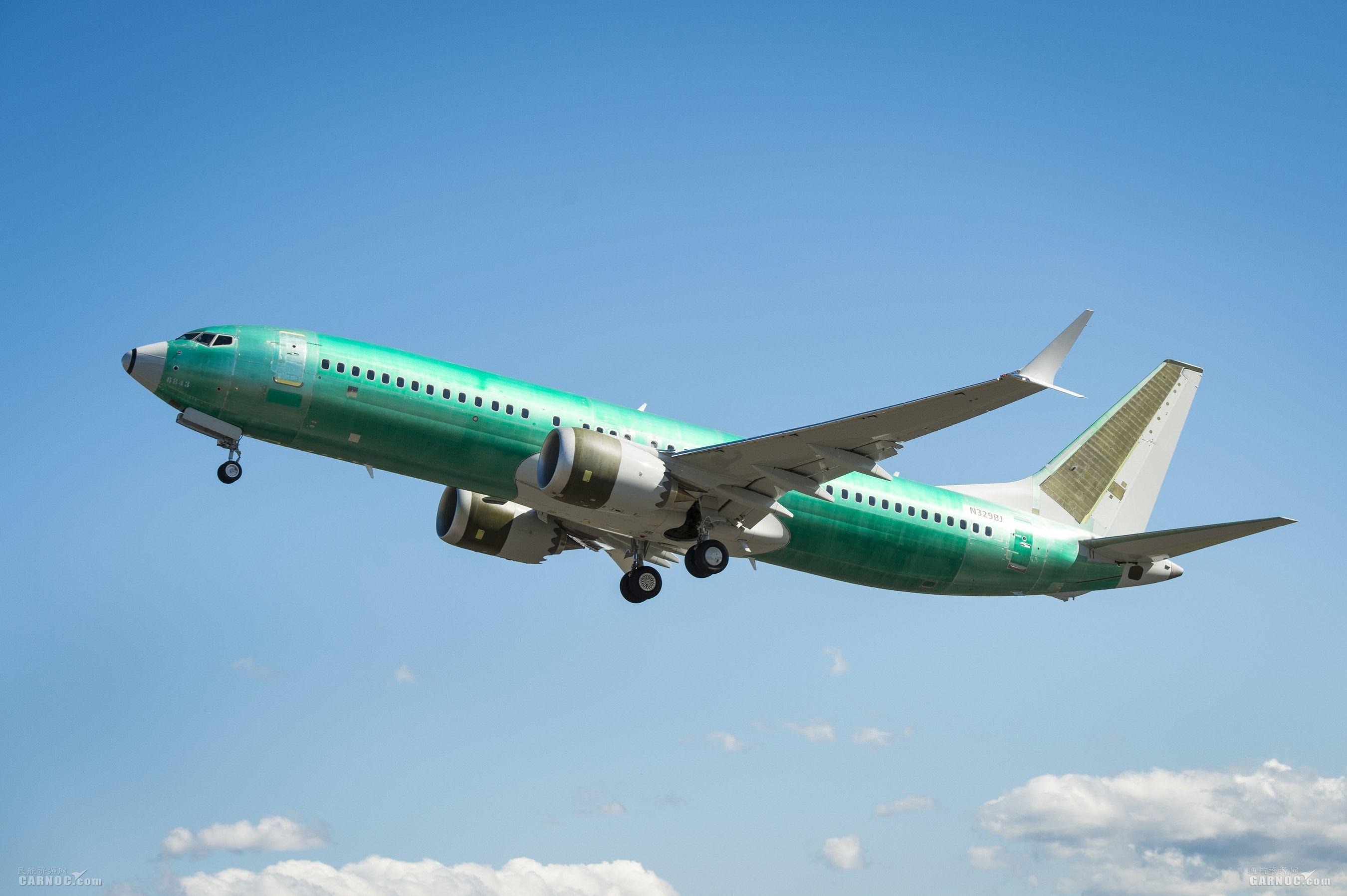 波音公务机庆祝首架BBJ MAX调机飞行