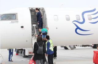 库尔勒机场迎来华夏航空第二架过夜飞机