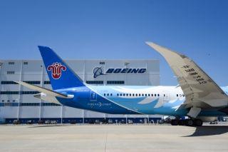 南航首架787-9梦想飞机从波音南卡工厂起飞归国
