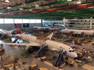 上海航空的梦想一号来了 也是其第100架飞机