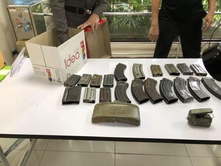 日本游客在泰国机场携带大量军火被捕