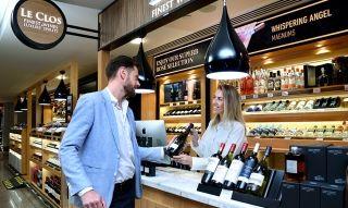随笔:Le Clos在迪拜机场T1到达区新门店开业