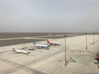 吐鲁番机场刷新正常航班进港保障峰值