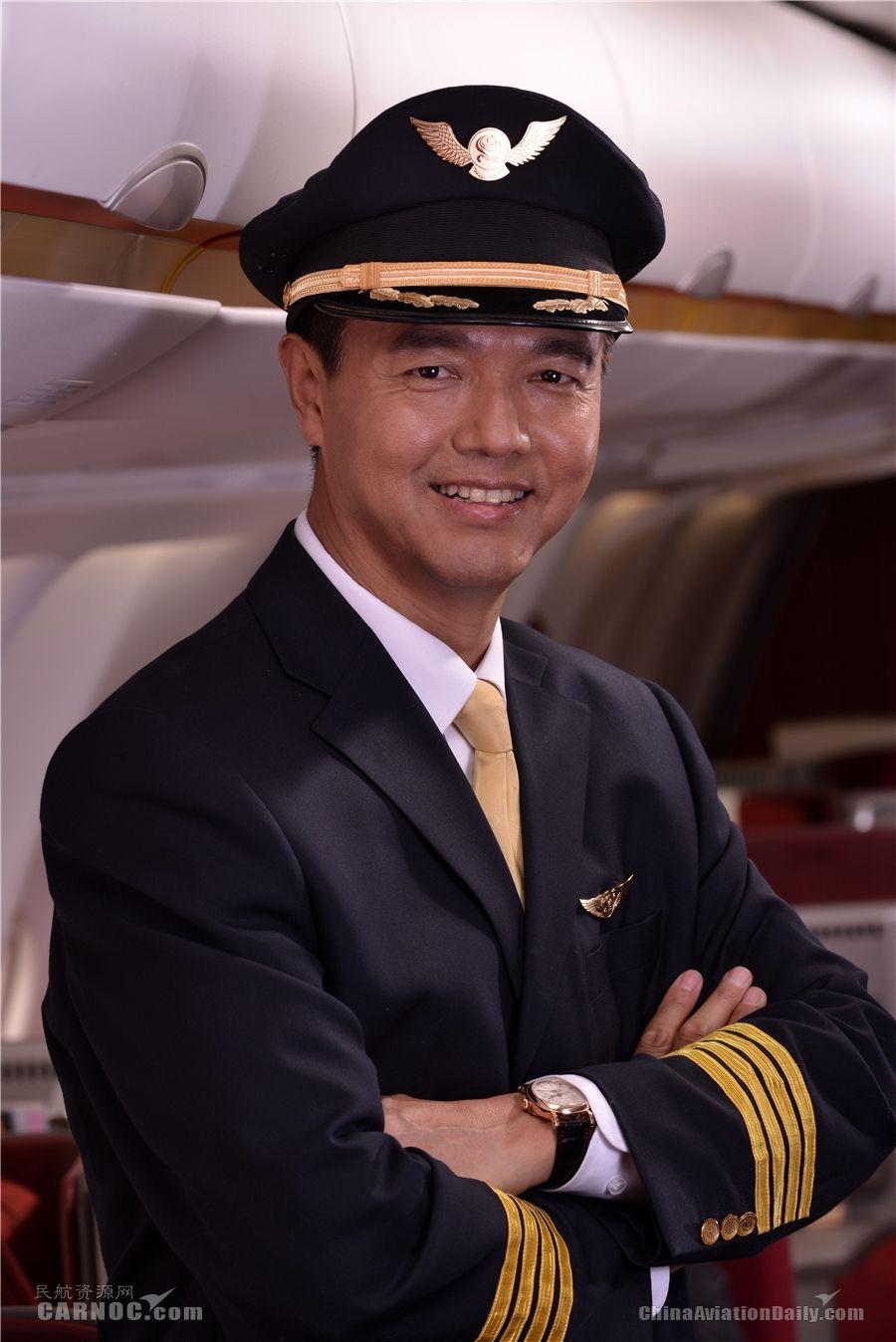 海航机长温建平:军魂在心的飞行生涯