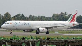 民航早报:斯里兰卡航空客机降落时撞跑道灯