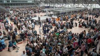 德国汉堡机场突发大面积停电 致机场完全瘫痪