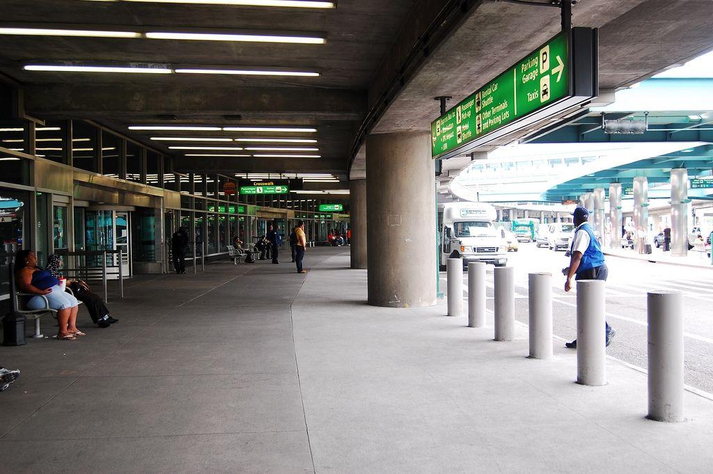机场需创新停车场利用方式,带动非航收入增长