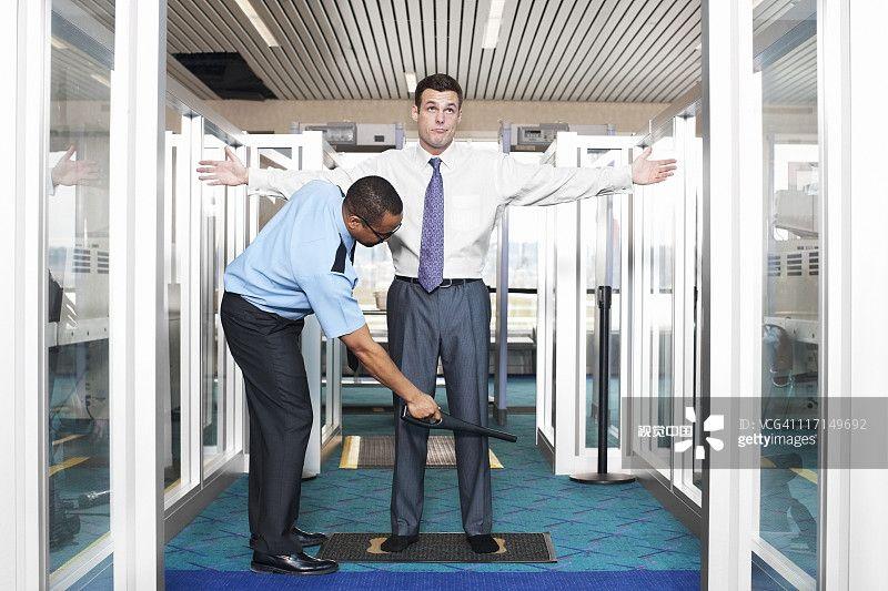 民航安检安保周报:逾1/7英国人认为机场无需安检