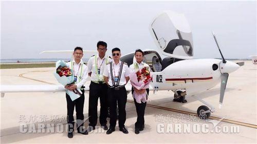 湖北龙浩航校圆满完成首批学员首次单飞