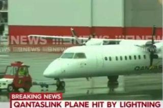 澳洲航空客机遭雷击后被迫返航