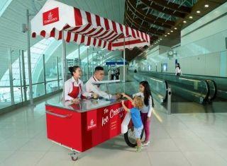 免费冰淇淋!阿联酋航空伴乘客过清凉夏日
