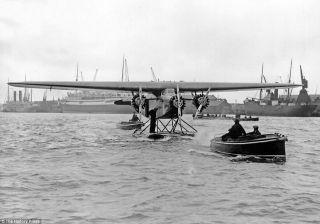 Fokker F VII tri-motor