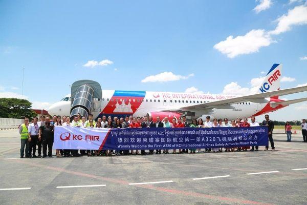 柬埔寨国际航空首架飞机顺利抵达金边