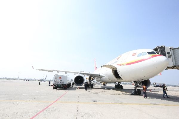 中国航油内蒙古完成自治区首条洲际线供油保障