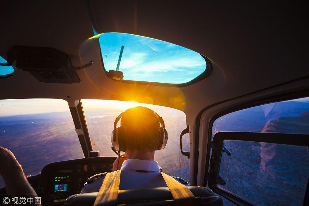 飞行员短缺问题严重 美航企急需新人才