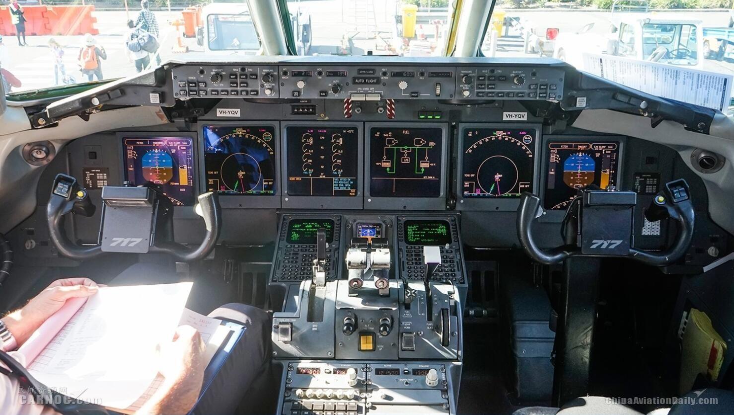 制造商开发新技术 未来驾驶舱或只需一名飞行员