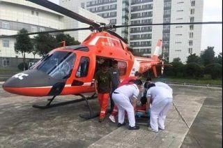 """直升机出动 """"抢""""回突发心脏病患者"""