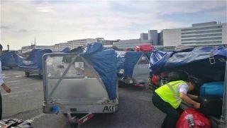 法航大罢工 东航协助中国游客寻找行李