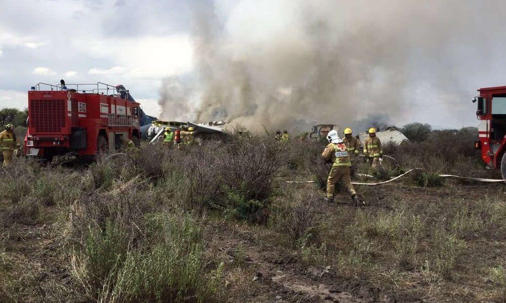 原因出炉!墨西哥坠毁客机离开跑道时受阵风袭击