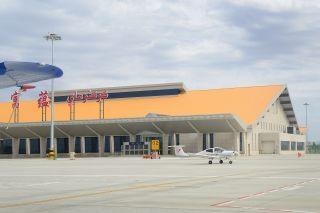 天翔航院富蕴基地单日投入9架飞机飞行192架次