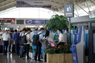 宁波机场迎暑运返程高峰  旅客需合理规划行程